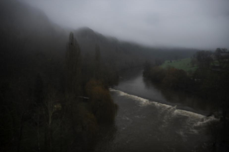 Dans la brume – Clécy, les rochers duParc